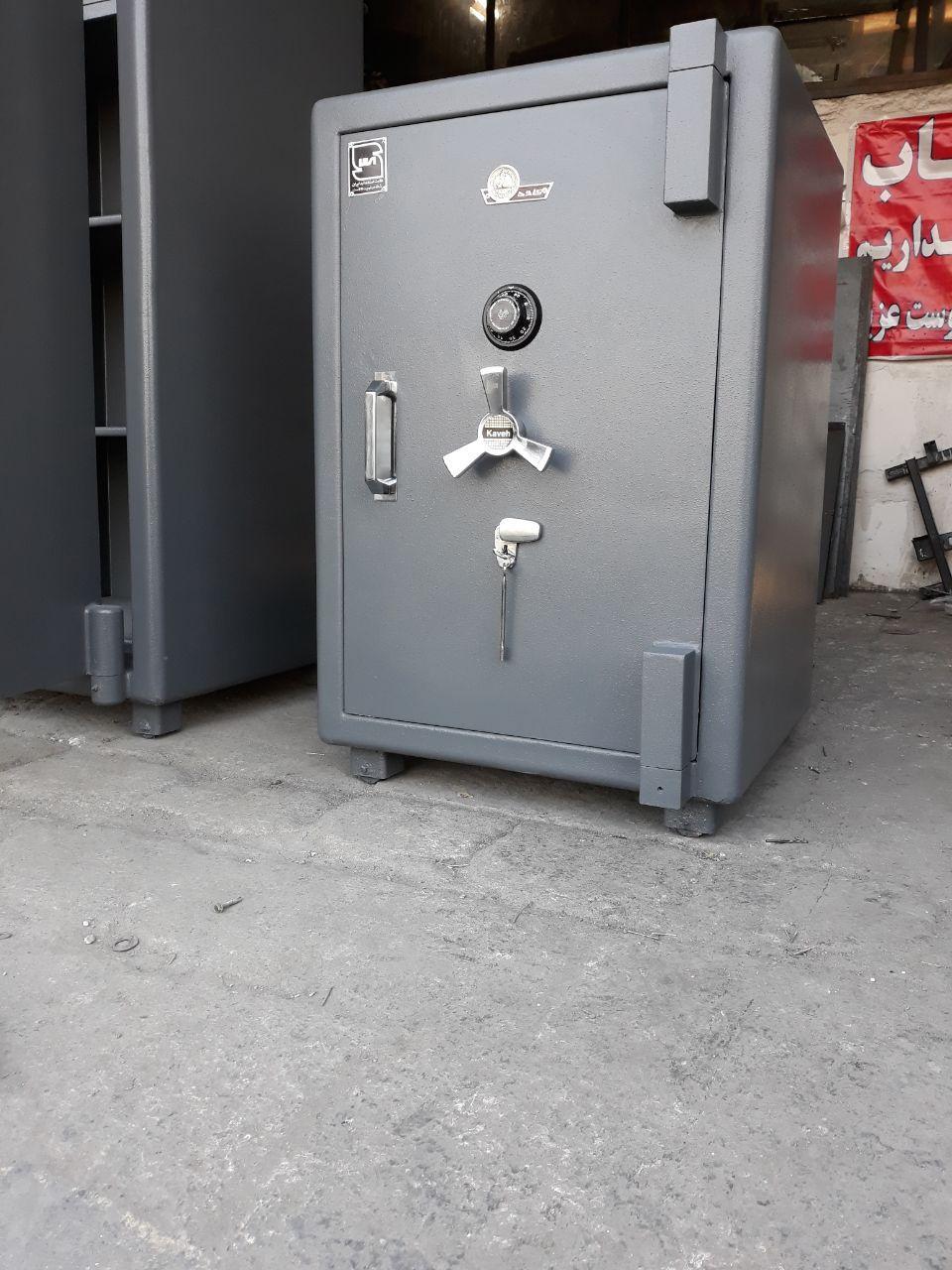 گاوصندوق دست دوم کاوه مدل 1000S